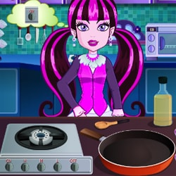 Monster High Cooking Halloween Pizza